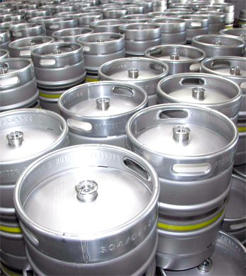 Beer kegs containers and wine oil containers in stainless steel, beer kegs, wine storage stainless steel containers, any kind of oil containers, milk and other beverage stainless steel containers manufactured in Italy with high technology and international experience. We offer customized stainless steel containers according to your market and business requirements, our Engineering team will coordinate with you to reach technical specifications according to your final customers